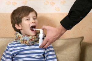 Спрей в горло ребенку