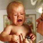 Чем лечить горло ребенку 1 год