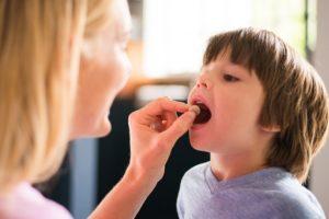 Как и чем лечить фарингит у детей